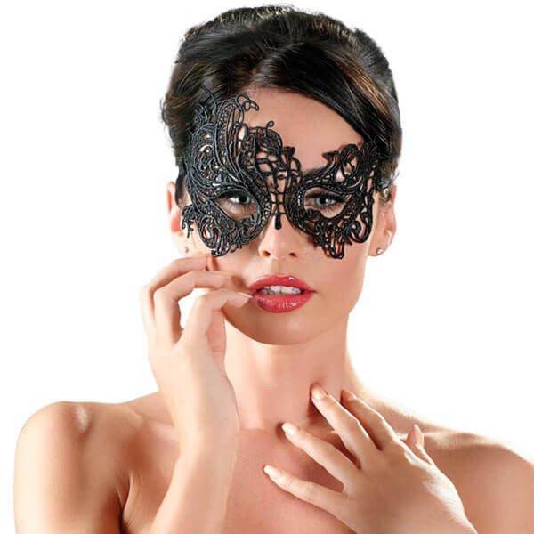 elegant broderet sort polyester maske fra cottelli på model